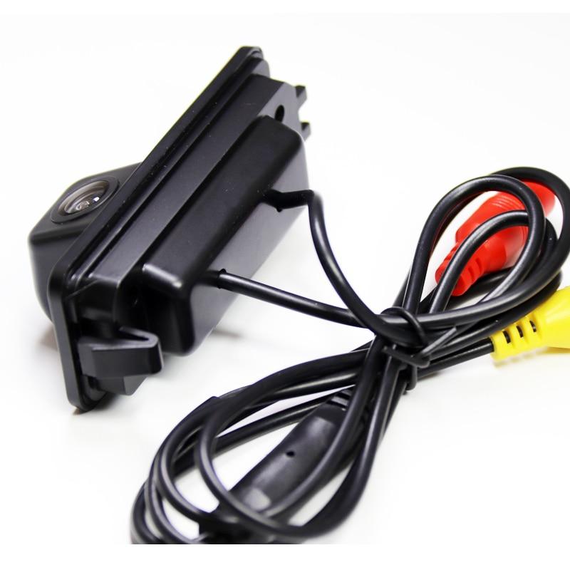 Камера заднего вида Volkswagen Amarok (2010-2020)
