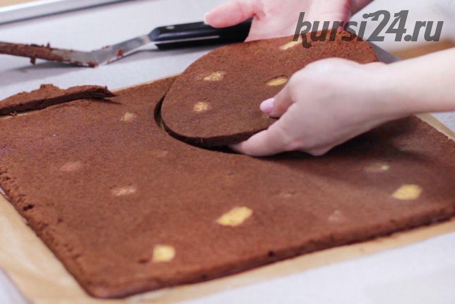 Шоколадный бисквит с сыром Бри без муки [Кондитерская школа «Черника»]