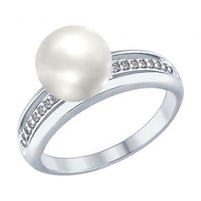 Кольцо из серебра с жемчугом и фианитами 94012346 SOKOLOV