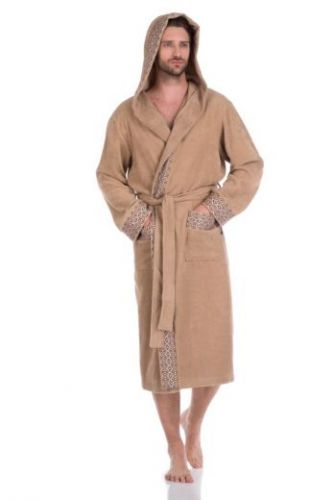 Мужской махровый халат с капюшоном Le Roi бежевый