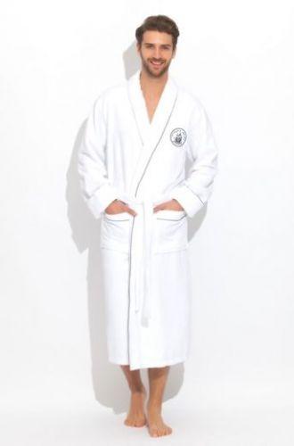 Мужской белый махровый халат Pirates