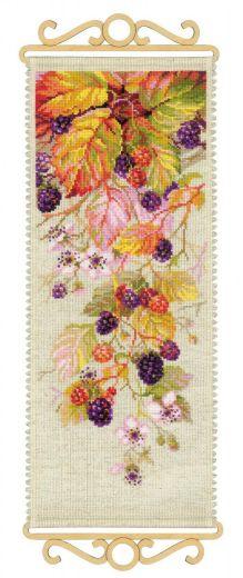 Набор для вышивания крестом Ежевика №1550 фирма Риолис