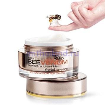 Крем для лица с эффектом ботокса с пчелиным ядом Mistine 28 гр