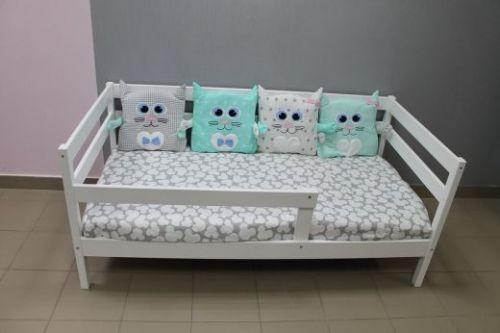"""Детская кроватка """"Софа"""""""