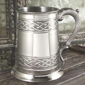 Английский Танкард (пивная кружка) -Кельтская Вязь -1 Pint Embossed Celtic Band Tankard