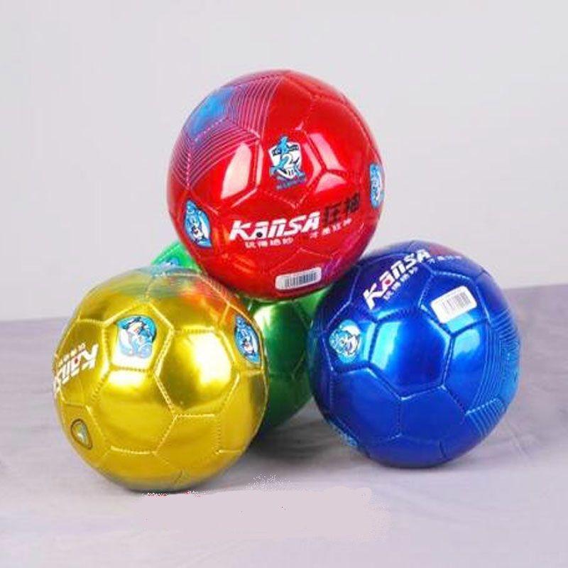 Любительский футбольный мяч