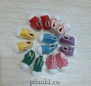 Обувь для игрушек - кеды малышам на липучке