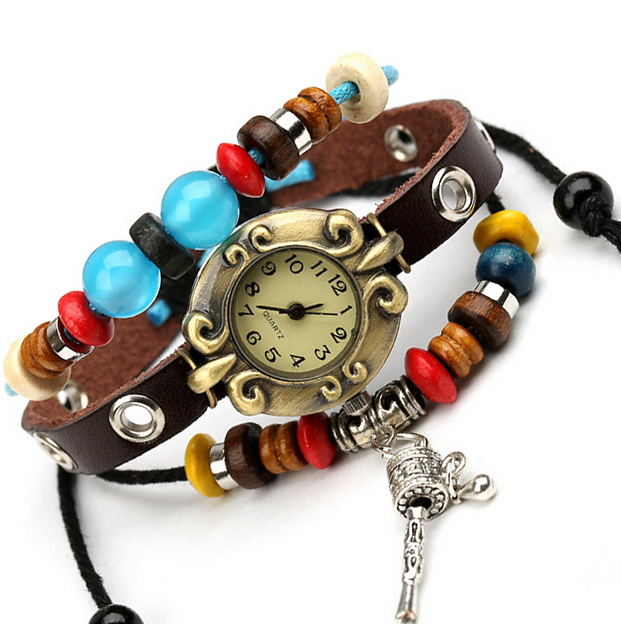 Часы с фенечками