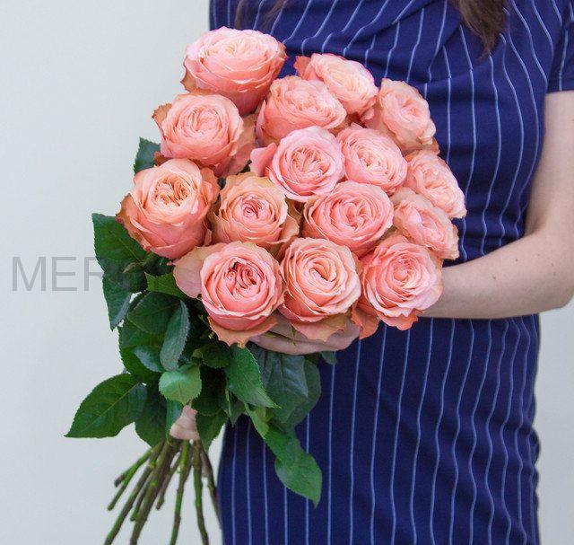 Букет из пионовидных роз 60 см, 15 шт
