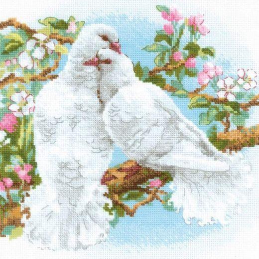 Набор для вышивания крестом Белые голуби №1856 фирма Риолис