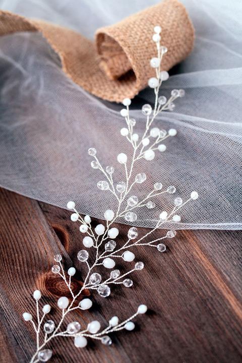 Свадебная веточка для прически невесты.