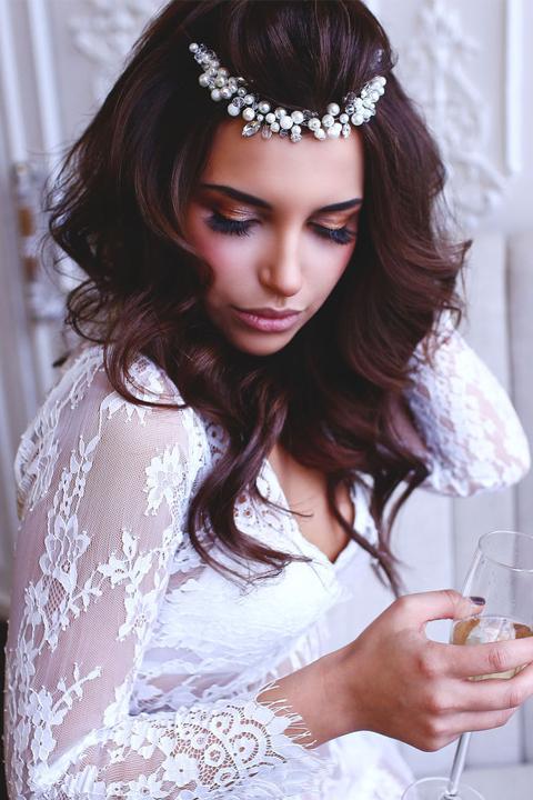 Свадебное украшение на двух гребнях
