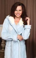 Женский велюровый халат с капюшоном Violetta голубой, Five Wien