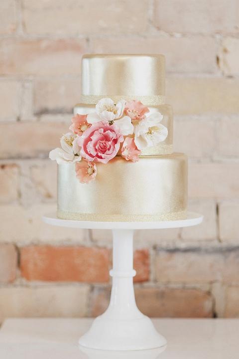 Свадебный торт Нежное золото