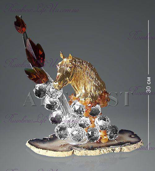 "Фигура Золотая лошадь с хрустальными шарами на агате ""NG and Ric-Art"""