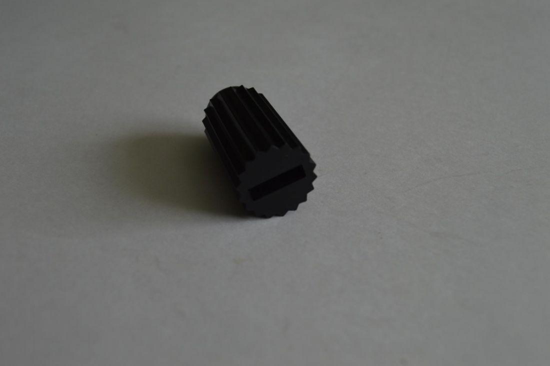 Колодки тормозные для нивелирной рейки 15х4мм, цвет черный