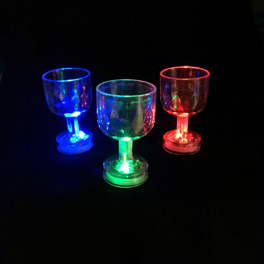 Мерцающая рюмка на ножке Light-up Liquid Activated Glass 50 мл, 6 шт.
