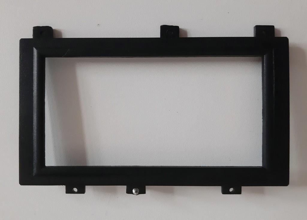 Вставки в переднюю панель Sagoma H-7, в ассортименте, б/у