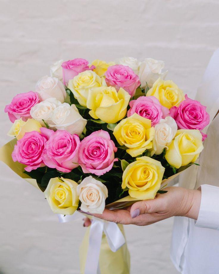 """Букет цветов из 25 роз """"Самоцветы"""""""