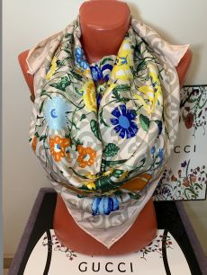 Шелковый платок Gucci цветной, арт 025