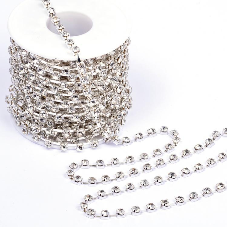 Цепь из страз 2,5 мм серебро (SS8 Silver)