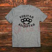 Футболка Veritas Aequitas
