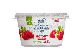 "Йогурт ""Клубника"", 2,8%"