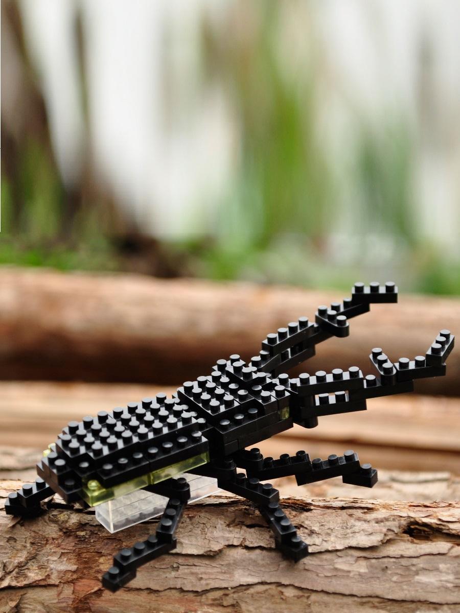 Конструктор Wisehawk & LNO Жук олень 91 деталь NO. A11 Giraffe Stag Beetle Gift Series