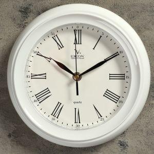 "Часы настенные круглые ""Классика"", белый обод, 22х22 см 1379996"