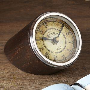 """Часы """"Командир"""" 12х8,5х9 см 2358225"""