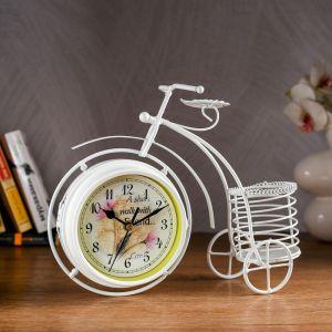 """Часы настольные """"Велосипед с подсвечником"""", белые, 29х24 см 1031025"""