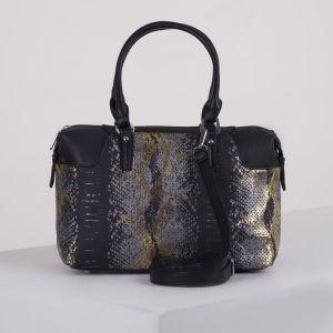Сумка женская, отдел на молнии, 2 наружных кармана, длинный ремень, цвет чёрный/золото