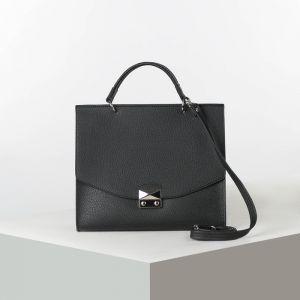 Сумка женская, отдел на замке, наружный карман, длинный ремень, цвет чёрный