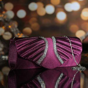 Клатч женский, отдел на магните, длинная цепь, цвет фиолетовый