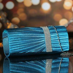 Клатч женский, отдел на магните, длинная цепь, цвет бирюзовый