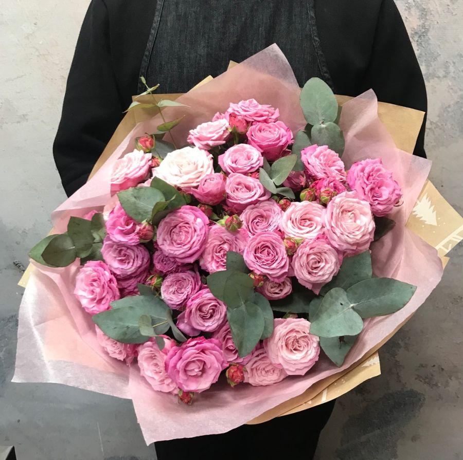 Букет из пионовидных роз Леди