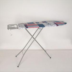 Доска гладильная Pegasus Plus, 33?110см, c розеткой, поверхность металлическая сетка, рисунок МИКС