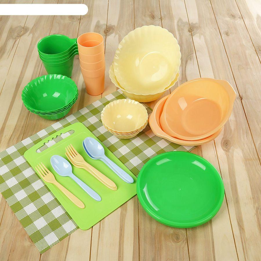 Набор для пикника пластиковый Альт-Пласт Весёлая компания 36 предметов