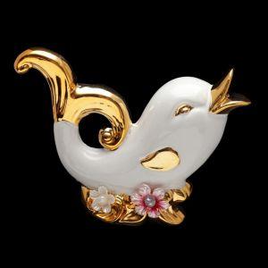 "Сувенир ""Белый дельфин с цветами"" 11х15,7х5 см"