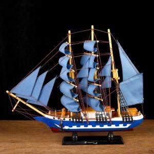Корабль сувенирный средний «Всадник», паруса синие, микс, 43х8,5х39 см 452041