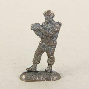 """Сувенир солдатик """"Спецназовец с биноклем""""   1458999"""