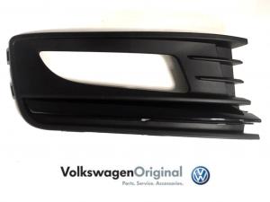 Облицовка ПТФ VAG правая Черная Volkswagen Polo Sedan