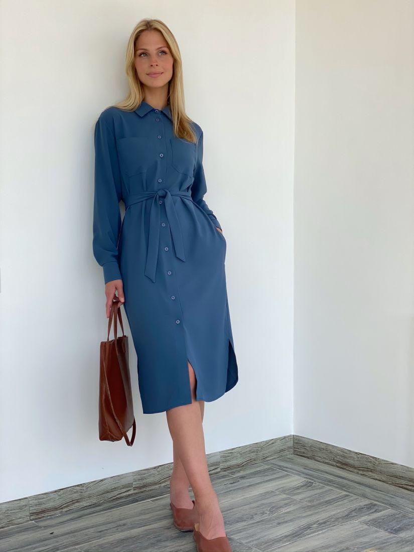 s2140 Платье-рубашка из крепа в мягком синем цвете