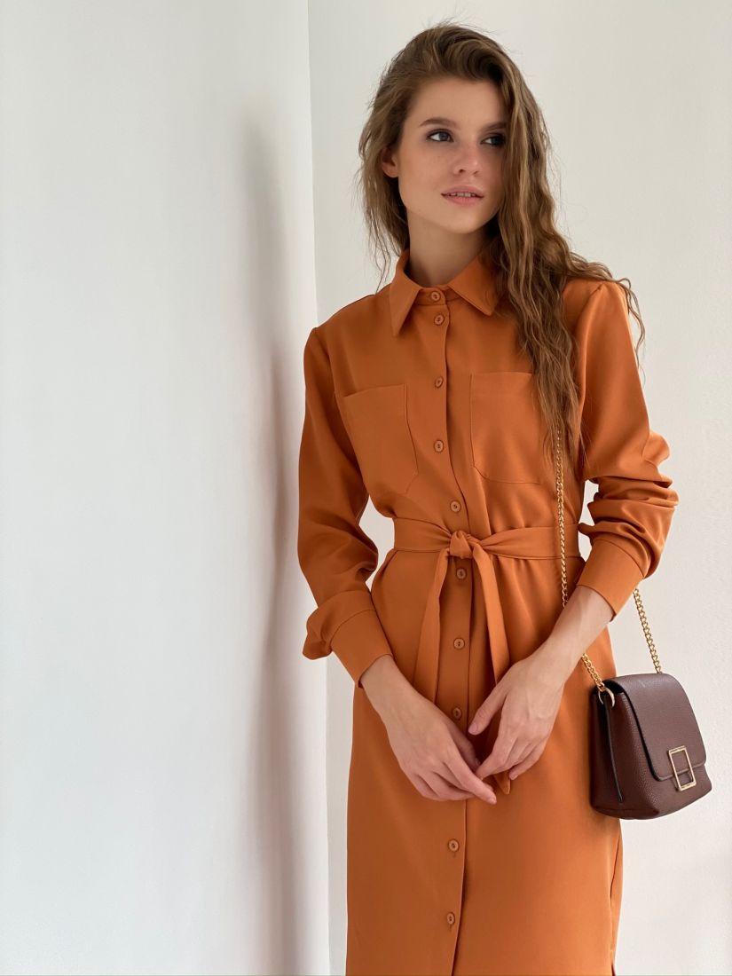 s2192 Платье-рубашка со скошенным плечом карамельное