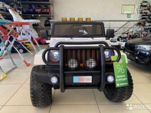 Электромобиль Jeep WHE 1688 полный привод