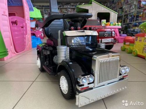 Электромобиль + толокар Американский грузовик