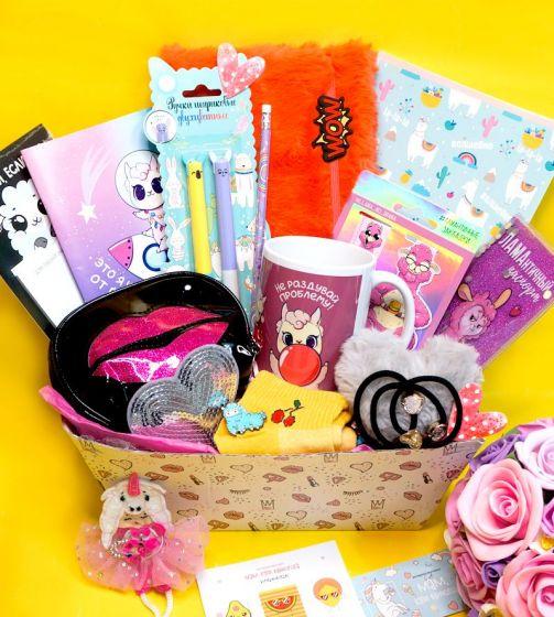 "Unicorn box ""LLамантичный подарок"""