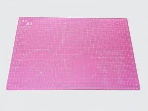 `Коврик для резки, мат непрорезаемый, цвет розовый размер A3 45*30 см, толщина 3 мм