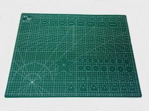 `Коврик для резки, мат непрорезаемый, цвет зеленый размер A2 60*45 см, толщина 3 мм