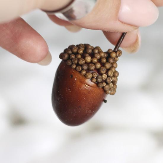 Аксессуар для кукол - Желудь коричневый, 3 см